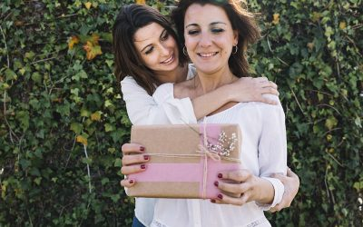 Top 3 Mother's Day Gift Ideas and Dental Tips